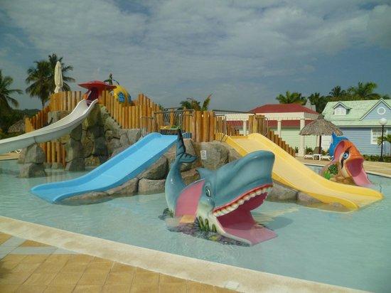 Grand Bahia Principe El Portillo : Juegos de agua