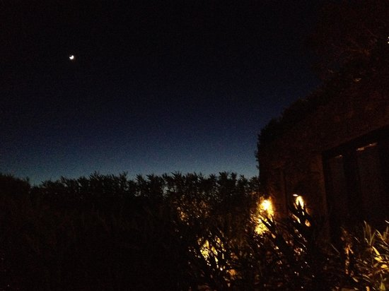 Finca Can Xuxu : The moon over the new suites.
