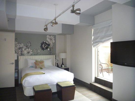 Stewart Hotel: Room