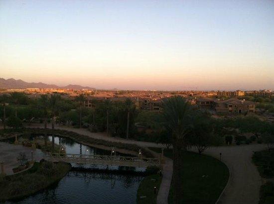 JW Marriott Phoenix Desert Ridge Resort & Spa: Mountain and garden view