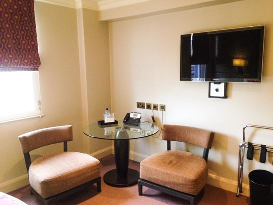 Radisson Blu Edwardian Mercer Street Hotel: Room 508