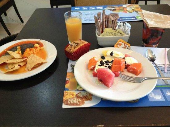 Holiday Inn Express Tapachula: Para comenzar bien el dia, un Rico Desayuno mmmmmm