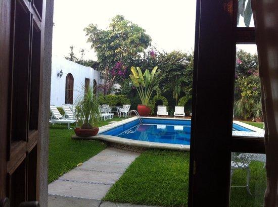 Casa de la Tia Tere: Vista de la alberca desde la habitación