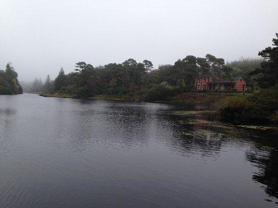 Ballynahinch Castle Hotel: River / Walking Path