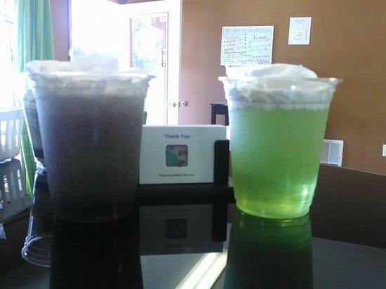 ReanimateMe Cafe : Cold drinks for Hot days. Happy Summer Toledo!