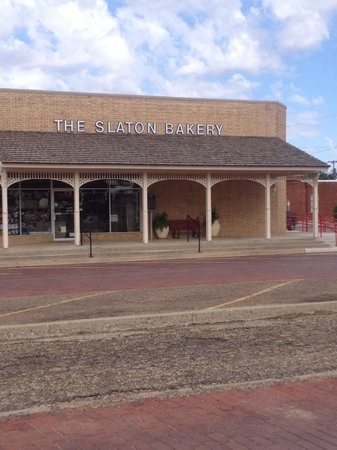Slaton Bakery: This place is the BEST!!