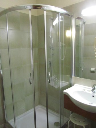 Hotel Center: Camera 14A - Bagno