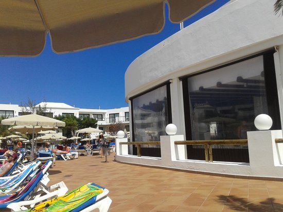 Be Live Experience Lanzarote Beach: Okolice basenu