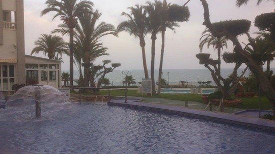 Gran Hotel Las Fuentes : Tomando algo en el bar del jardin