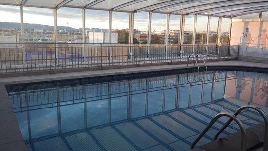 Regente Aragon: La piscine