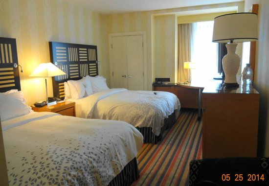 Renaissance Washington, DC Dupont Circle Hotel: Comfortable room