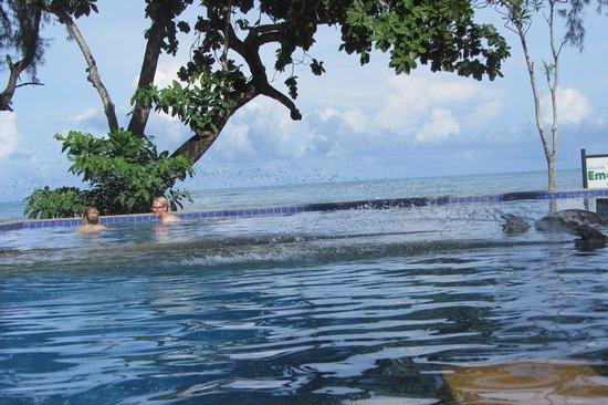 Khao Lak Emerald Beach Resort & Spa: Pool