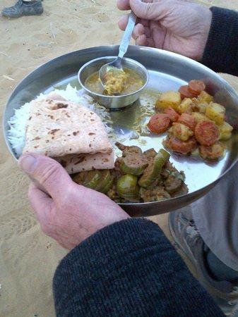 Hotel Fifu : sortie dans le désert organisée par Fifu (diner dans le désert)