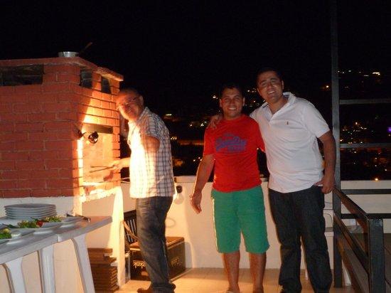 Lizo Hotel : Barbecue well underway. Mehmet, Kasim and Ali on duty :-)