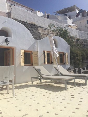Caldera Villas: room 20 terrace