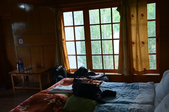 Hotel Kidar : 4-bedded family room - other bed view