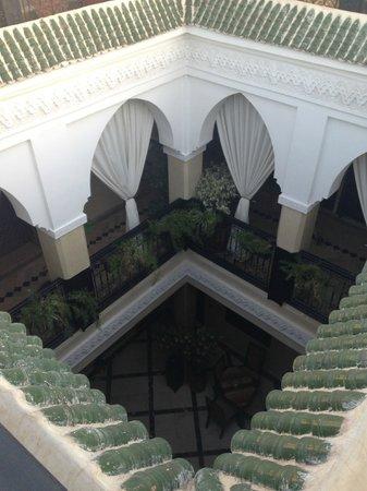 Riad Nesma: Vista del piso inferior desde el piso superior