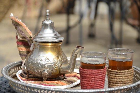Riad Nesma: Té a la menta en la terraza