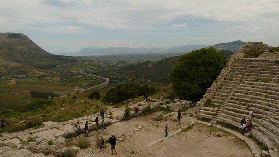 Tempio di Segesta (Tempio Influenza Greca): La vue sur la vallée