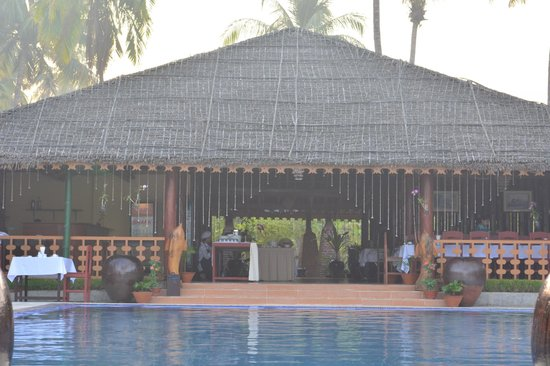 Diamond Ngapali Hotel : nice swimming pool