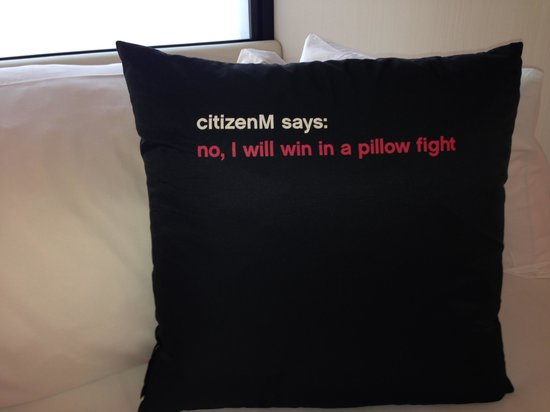 citizenM New York Times Square: Funny Pillow