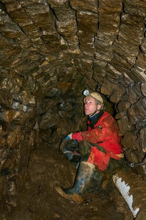 Blue John Cavern: Mining in the winter time