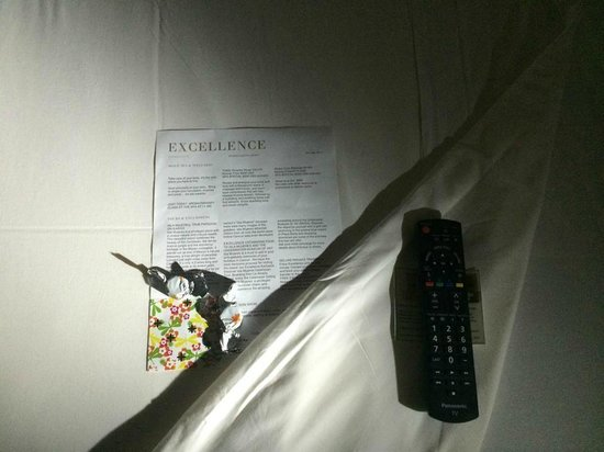 Excellence Riviera Cancun: Turn Down Service