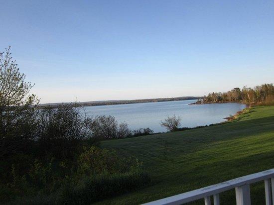Trailsman Motel: Room View