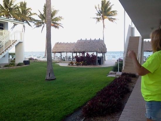 Continental Inn: looking towards beach area