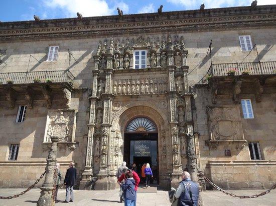 Plaza del Obradoiro : Hostal de los Reyes Católicos
