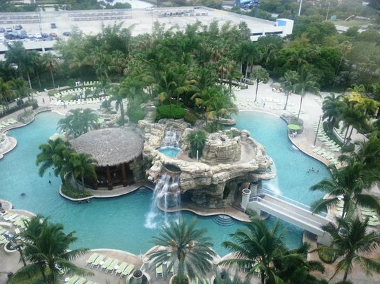 Seminole Hard Rock Hotel Hollywood: View from Room 947