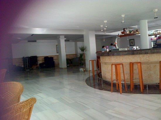 SENTIDO Tucan: bar