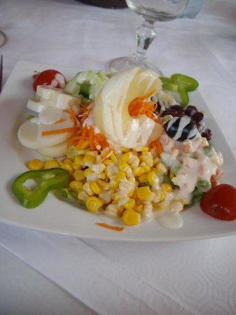 Borj Eddar - Delicious salad!