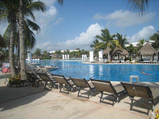 The Grand Mayan Riviera Maya: piscina