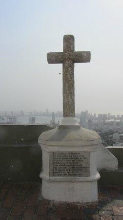 Convento La Popa de la Galera : Cruz no Cerro