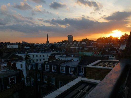 The Belgrave : Sun setting over London