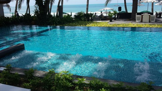 Synergy Samui Resort: The sister hotel pool which Synergy guests can use next door
