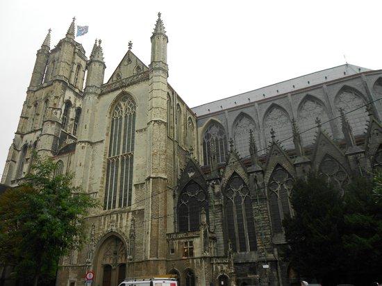 Catedral de San Bravo (Sint-Baafskathedraal): IGLESIA SAN BRAVO