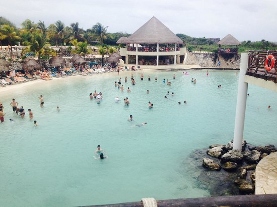 Occidental Grand Xcaret All Inclusive Resort: Beach