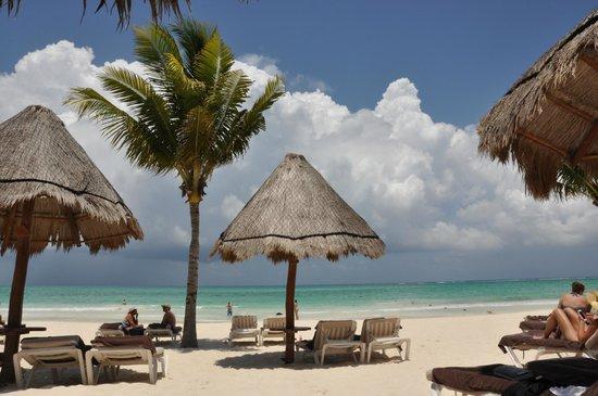 Secrets Maroma Beach Riviera Cancun: Free Palapas on beach