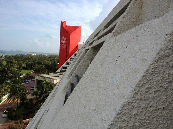 Grand Oasis Cancun : vista do hotel