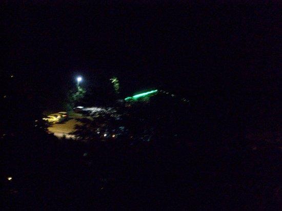 Les Arcades : boite de nuit voisine.