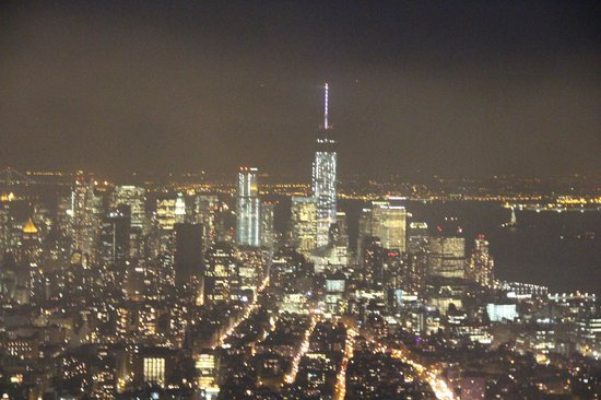 Empire State Building: NYC at night
