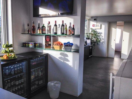 Copenhagen Go Hotel : Reception bar