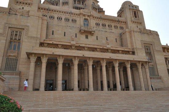 Umaid Bhawan Palace Jodhpur: Pillars