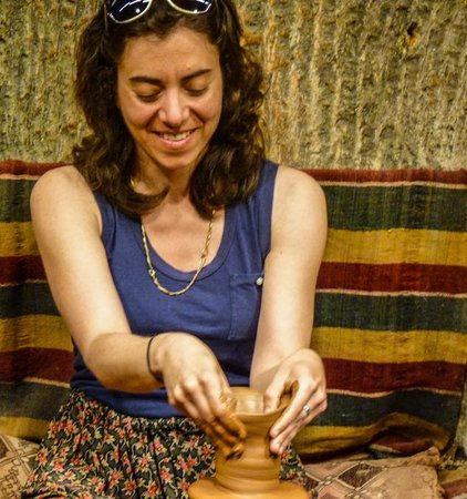Sultans Ceramic: A good natured tourist tries to raise a pot with guidance from an expert
