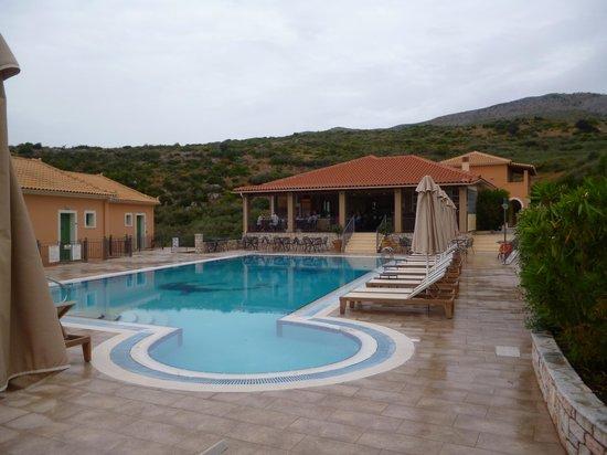 Aeolos Beach Hotel: Pool Area