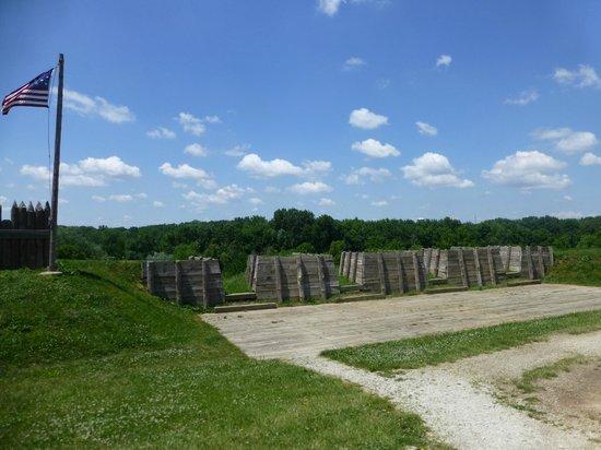 Fort Meigs Ohio's War of 1812 Battlefield : Barricades