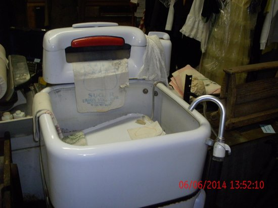 McCloud Outdoors: old washing machine