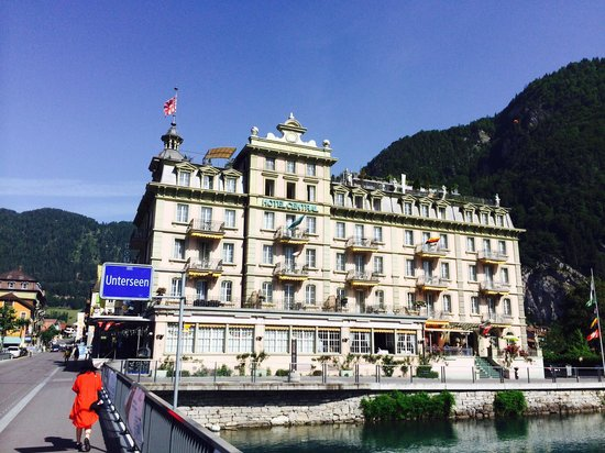 Hotel Central Continental: Nice from far but far from nice